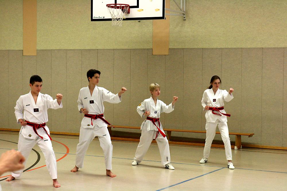 Das SSK-Taekwondo-Team beim Danvorbereitungslehrgang in Viersen